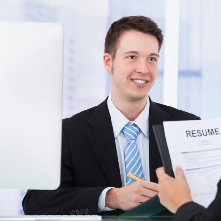Rekrutacja personelu, organizacja działów sprzedaży oraz działalności operacyjnej