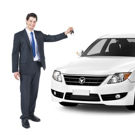 Pomoc w zakupie, leasingu lub długoterminowym najmie samochodu