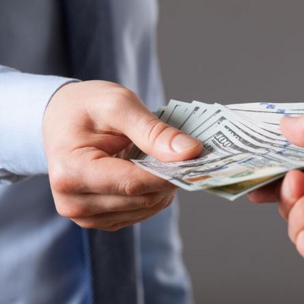 Пошук банківського фінансування, інвесторів капіталовкладень чи промислових інвесторів