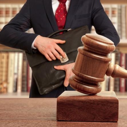 Doradztwo prawno-podatkowe, przygotowywanie kontraktów na potrzeby klienta